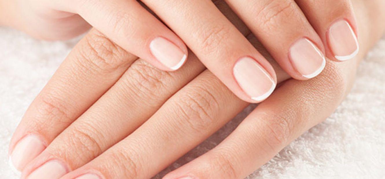 Unhas naturalmente bonitas. Como fazer uma manicure francesa?